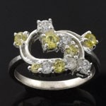 Elegant Vintage Style Design Cut Green and  White CZ 925 Sterling Silver Ring