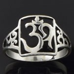 925 Sterling Silver Plain Om Hindu Symbol Filigree Oxidized Ring